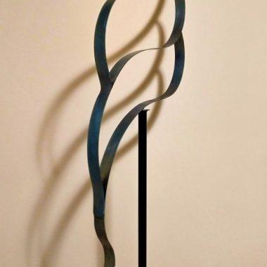 Standing Sculpture Blue Wave